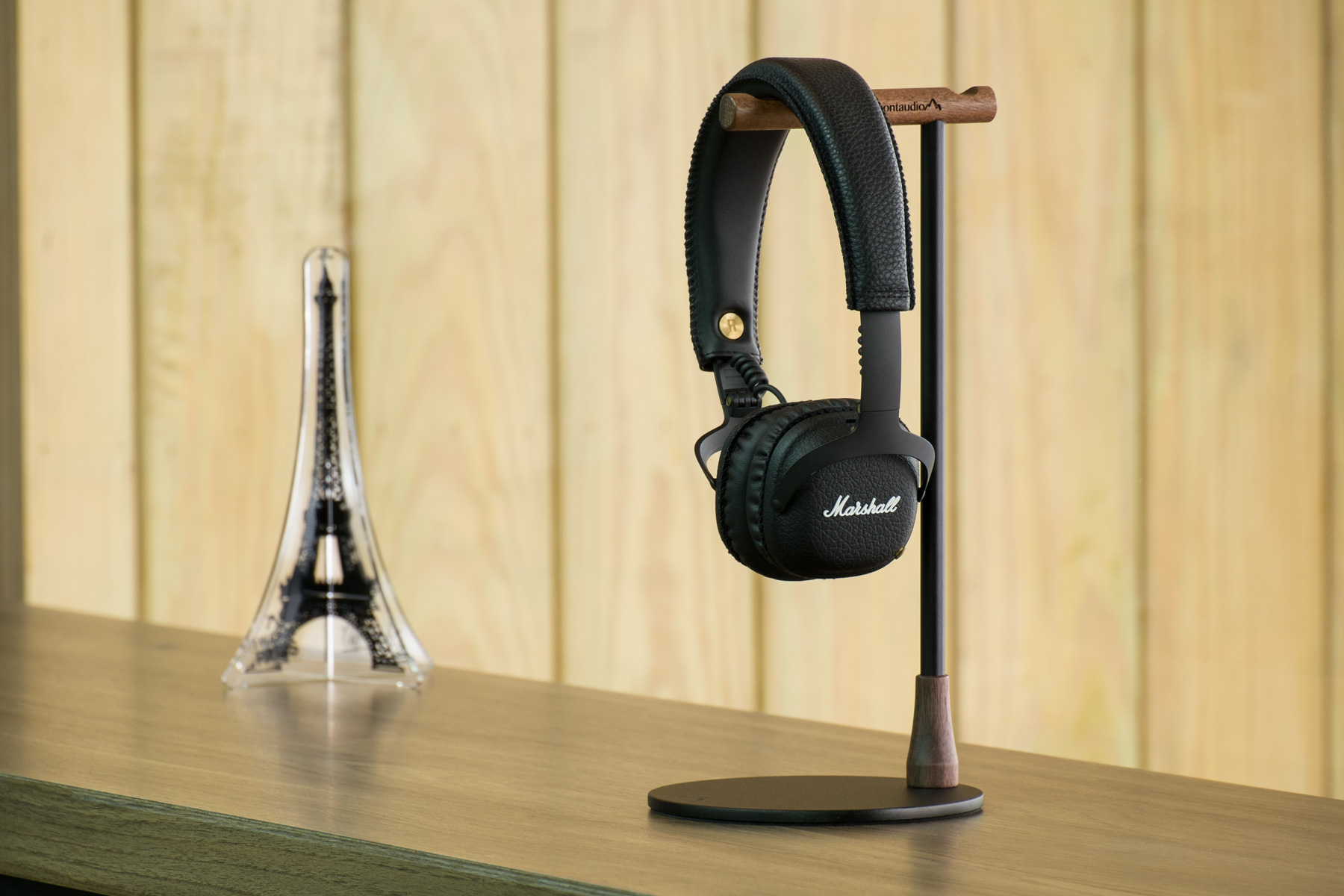 Montaudio Aoraki M3 Walnut Headphone Sta